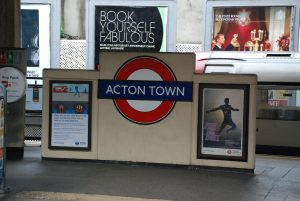 Accountants in Acton Town